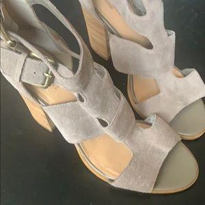 Crown vintage High heels